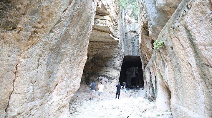 Bin esire yaptırıldı: Antik dönemin mühendislik harikası Titus Tüneli
