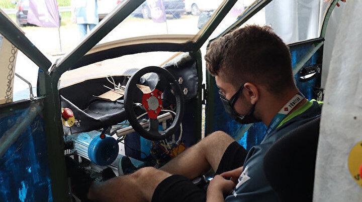 Lise öğrencileri yaptı: Araç TÜBİTAKın yarışlarında bir ilki gerçekleştirdi