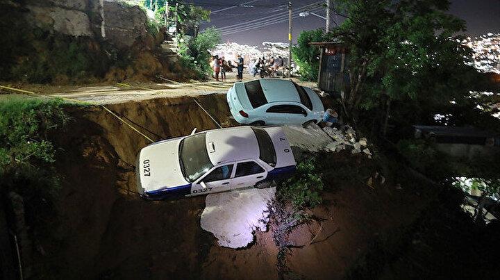 Meksika'da 7.1 şiddetinde deprem: Deprem ışıkları görüldü tsunami uyarısı yapıldı