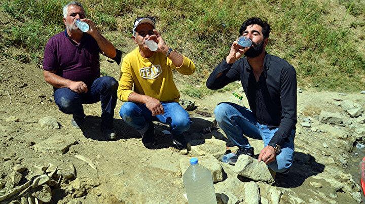 Şifalı sanılan suyun mikrop saçtığı ortaya çıktı: Türkiyenin dört bir yanından gelenler içmeye devam ediyor