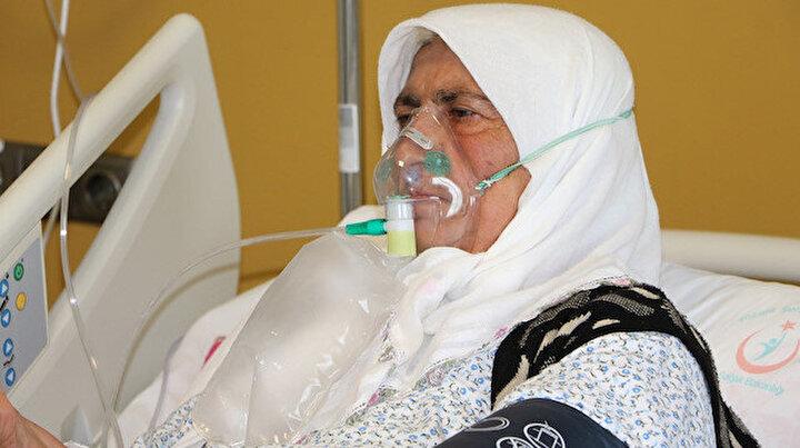 65 yaşındaki kadın aşı yaptırmamanın pişmanlığını yaşıyor: Ömrümde ilk defa bu kadar ağır hastalık geçirdim