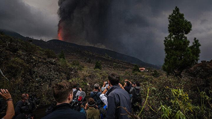 İspanyada yanardağ kâbusuyla ilgili bakandan infiale neden olan sözler:  Harika bir gösteri