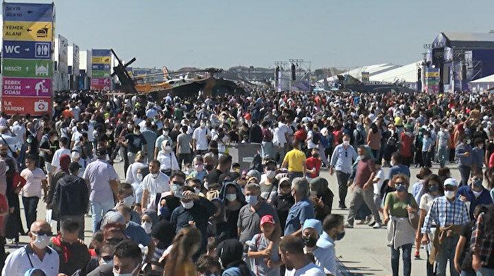 Vatandaşlar son gününde TEKNOFESTe akın etti: Festival alanı hıncahınç doldu