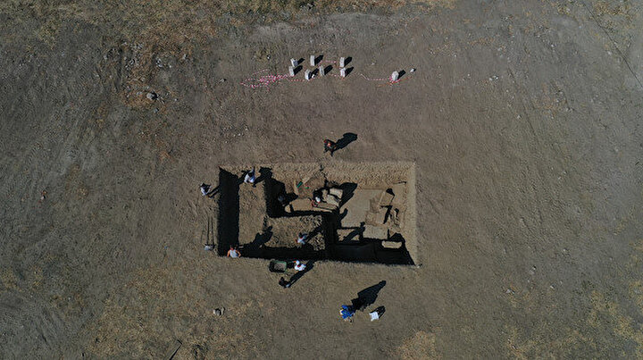 Arkeoloji dünyasında büyük heyecan: Zeus Tapınağının giriş kapısına ulaşıldı