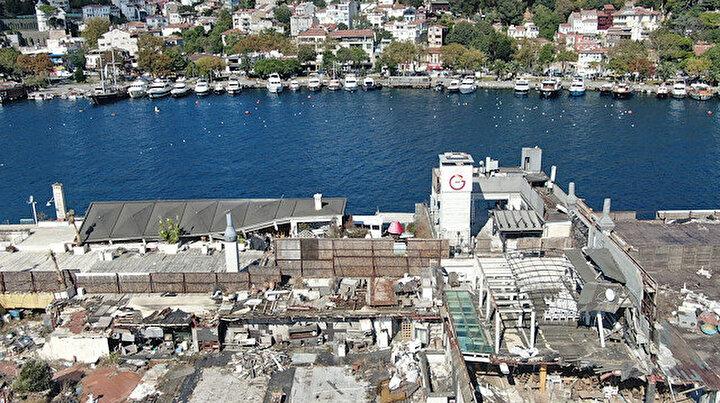 İstanbul Boğazının ortasında moloz yığını: Harabeye dönmüş ada görüntü kirliliği oluşturuyor