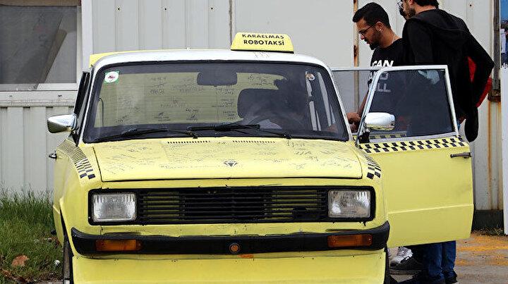 Üç bin TLye aldıkları Murat 124ü sürücüsüz elektrikli otomobile dönüştürdüler
