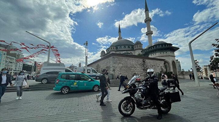 Taksim Camiinin motorcu imamı: Her yıl hatim turuna çıkıyor