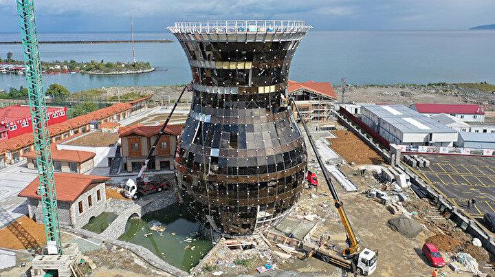 Guinness için resmi başvuru yapıldı: 30 metrelik dünyanın en büyük çay bardağı