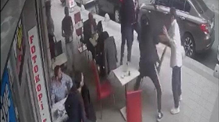 Ortalık savaş alanına döndü: Börekçide dışardan yiyecek getirme kavgası