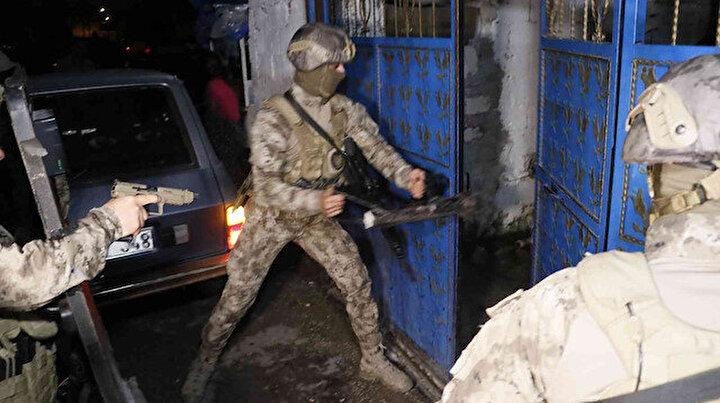 Cono aşiretine 500 polisle şafak operasyonu: Çok sayıda gözaltı var