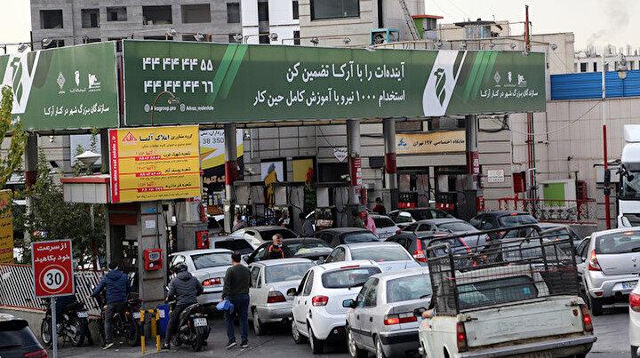 İranda benzin krizi! Siber saldırı sonrası satışlar durdu: Uzun kuyruklar oluştu