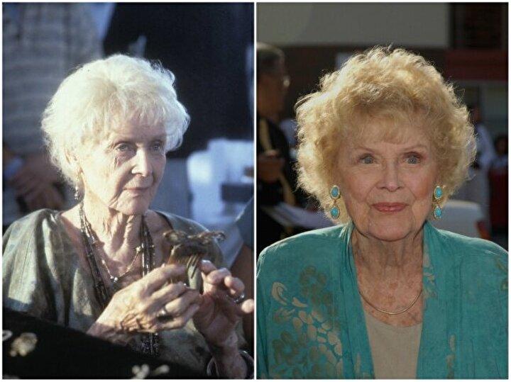 Gloria Stuart — Yaşlı Rose