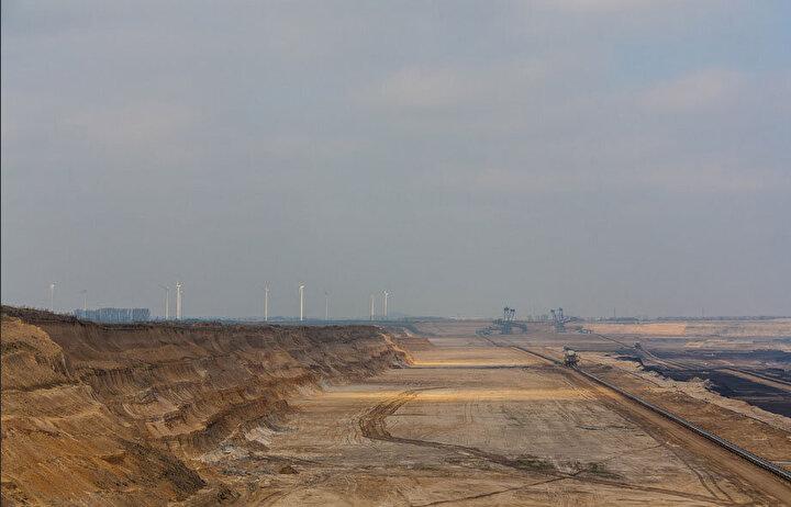 Şubat 2001'de bulunduğu noktadan 22 kilometre uzaklıktaki bir madene gitmesi gerekince Bagger 288 bu yolu ancak üç haftada kat edebildi.