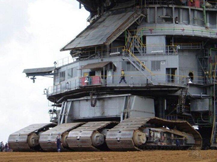 Bagger 288 dünyanın en büyük kazı makinesi olarak kabul ediliyor.