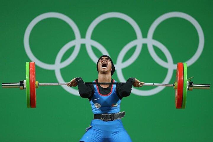 Birleşik Arap Emirlikleri haltercisi Ayesha Shahriyar M. Albalooshi