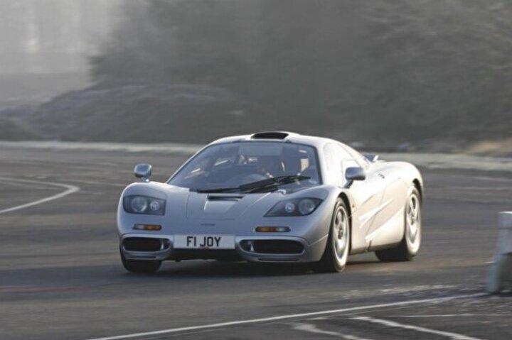 McLaren F1 (386 Km/s)