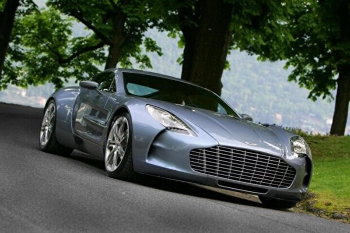 Aston Martin One-77 (352 Km/s)