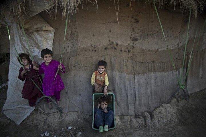 30 yılı aşkın süredir, ülkelerinin işgalinden kaçan milyonlarca Afganistan vatandaşları Pakistana sığındı.