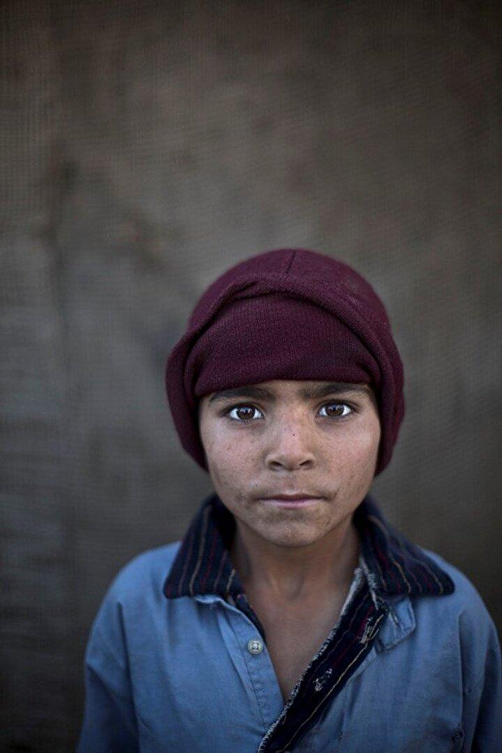 6 yaşında Noorkhan Zahir.