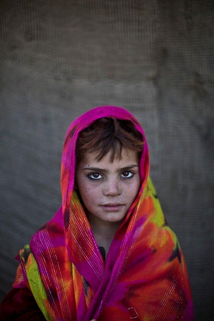 7 yaşındaki Nazmina Bibi.