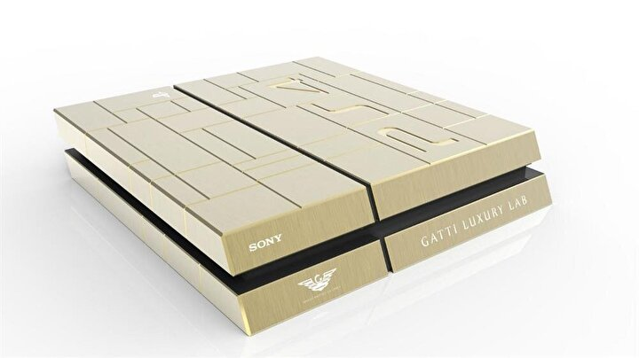 Rose Gold PlayStation 4 (13 bin 600 dolar)