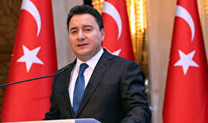 AK Partinin iktidara geldiği 16 yıl önce Ankara milletvekili seçilen Ali Babacan da Meclise veda etti. 58 ve 59. Hükümetlerde Devlet Bakanlığı, 60. Hükümette Dışişleri Bakanlığı ile Devlet Bakanı ve Başbakan Yardımcısı olarak görev yapan Babacan, 61 ve 62. hükümetlerde Başbakan Yardımcılığı görevini üstlendi.