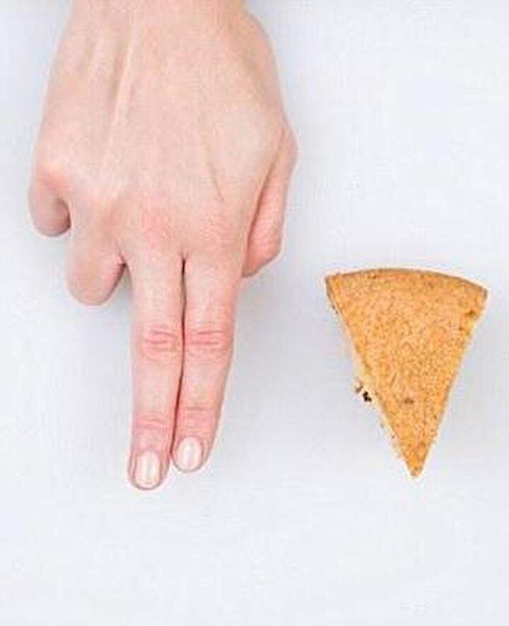 Beslenme uzmanlarının kibrit kutusu kadar peynir iki parmağın kalınlığı kadar olmalı.