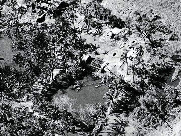 1970 Bhola Kasırgası, 500 bine yakın insanın ölümüne neden oldu. 1970 yılında gerçekleşen ve şimdiye kadar ki bilinen en ölümcül kasırga olarak bilinen bu vaka Pakistan ve Bangladeş'in büyük bir kısmını vurdu. Geçtiği yerlerde evlerin yüzde 80'ni yok oldu ve 3 buçuk milyon kişi bu kasırgadan etkilendi. 3 Kasım'da başlayıp 13 Kasım'da biten kasırga dalgalarıyla Ganj Deltasının birçok adasının sular altında kaldı.