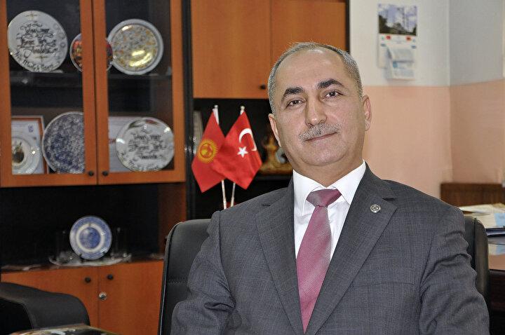 Lisenin müdürü Mustafa Yılmaz, yaptığı açıklamada, Kırgız-Türk Anadolu Kız Meslek Lisesinin Türkiyenin yurt dışındaki ilk ve tek kız meslek lisesi olduğunu söyledi.