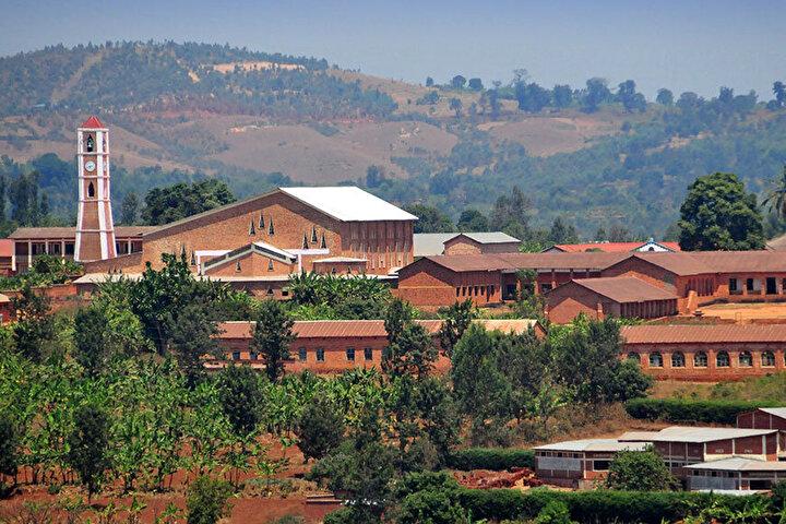 Afrika ülkelerinden Eski Burundi Krallığında Bakanlar Kurulu karar aldı, başkent Gitega, ülkenin yeni siyasi başkenti olacak.