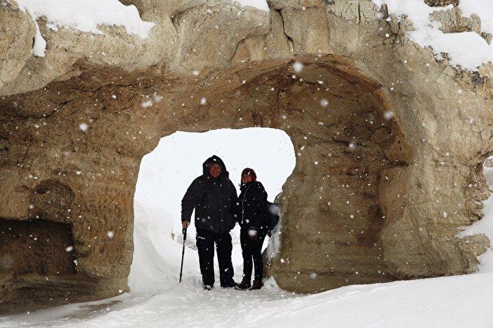 Geçen yıl Kapadokyaya gelen 2 milyon 949 bin 542 turistin büyük çoğunluğu konaklamalı ve günü birlik turlarla beldeyi ziyaret etti.
