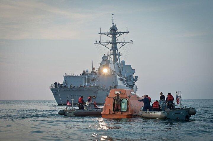 2009 senesinin Nisan ayında yola çıkan MV Maersk Alabama isimli Amerikan kargo gemisi, Somalinin doğu kıyılarında korsanlar tarafından saldırıya uğrar. Bu durum Amerikalıların yaklaşık 200 yüzyıldır başına gelmeyen türden bir korsan saldırısı.