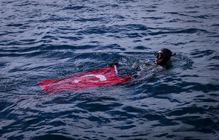 Ercümen, 3. Ulusal Antarktika Bilim Seferi kapsamında geldiği kıtada, hava şartlarının uygun olması halinde başka dalışlar da yapmak istediğini dile getirdi.