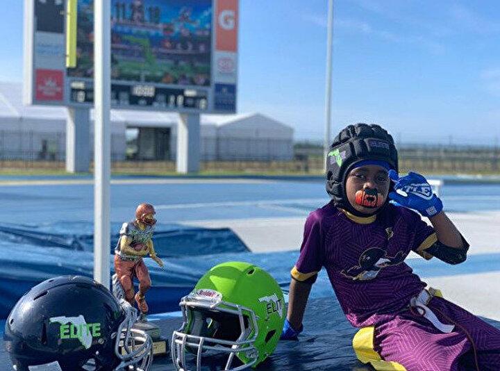 Blaze the Great (Büyük Alev) lakaplı Ingram, atletizmin yanı sıra Amerikan futbolundaki başarısıyla da adından söz ettiriyor.