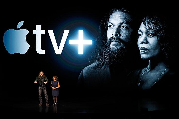 Jason Momoa ve Alfre Woodardın yer alacağı yeni bilim kurgu dizisi See Apple TV için özel olarak yayınlanacak.