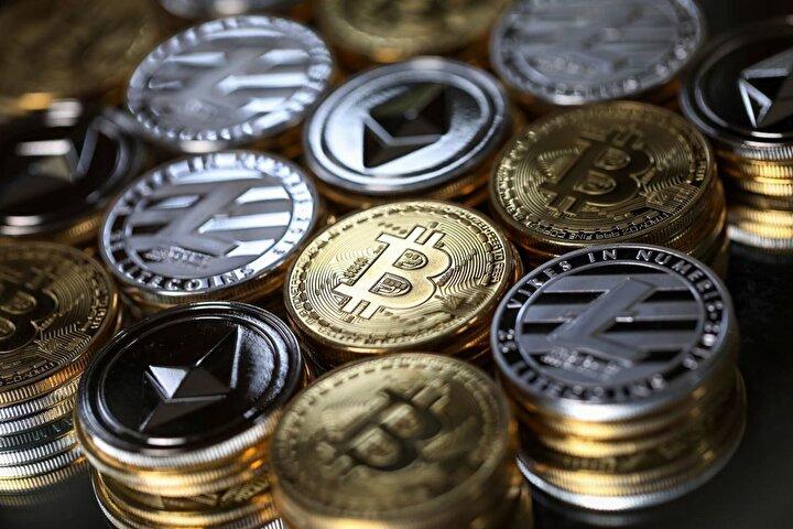 """. Özer, """"En yüksek hacimli 10 kripto para biriminde görülen genel artış eğiliminin etkisiyle, işlem hacimleri de yükseldi. Bitcoin 16 milyar dolar ile Kasım 2018'den bu yana görülen en yüksek günlük işlem hacmine ulaştı. Piyasaların ilerleyen zamanda daha da yükseleceğini düşünüyorum. Bu durum sektördeki yatırımcı sayısını da arttıracaktır"""" dedi."""