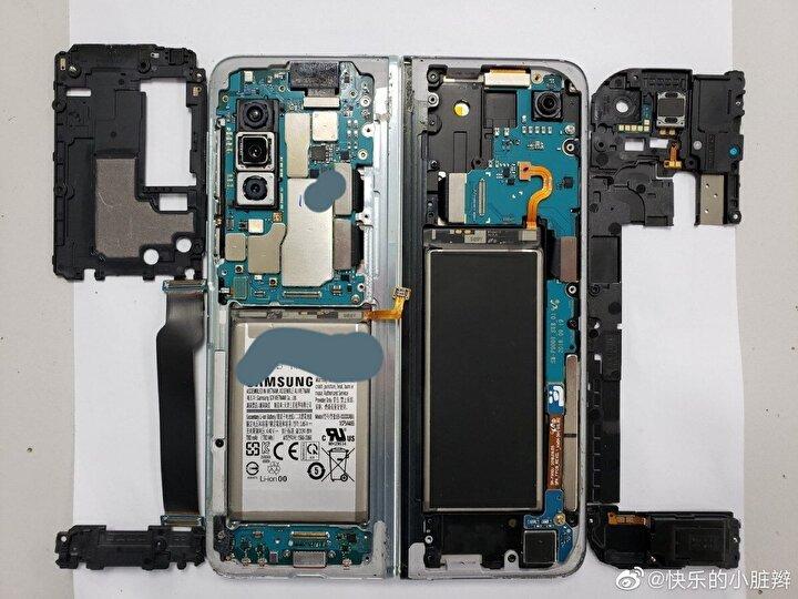 İşte Samsung Galaxy Foldun parçaları.