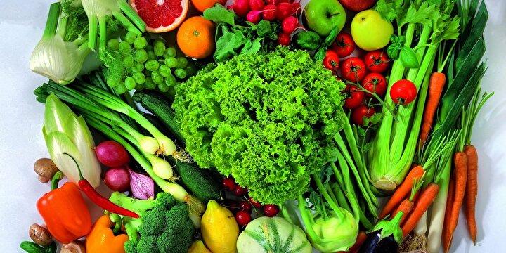 Sebze - Ayrıca bol sebzeyi sahurda bulundurmak gerekir. Çünkü bol sebze vitamin-mineral ihtiyacını karşılaması bakımından önem taşır.