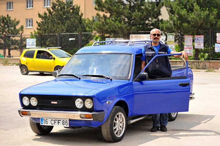 20 yıl otomobil yetkili servislerinde çalışan Demir, daha sonra işinden ayrılarak kendi tamir atölyesini açtı.