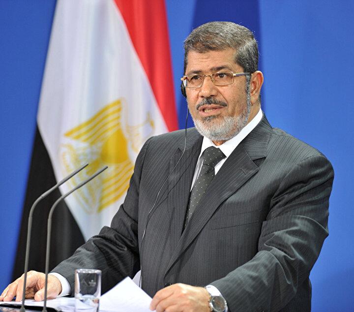 Muhammed Mursi, Mısır'da ilk defa 17 Haziran 2012 yılında yapılan demokratik seçimlerle cumhurbaşkanlığını kazandı.