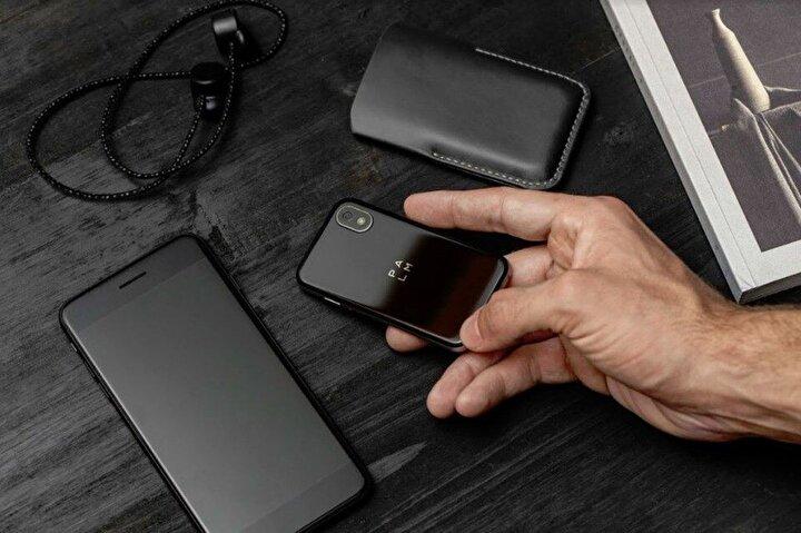 Kredi kartı büyüklüğündeki Palm, ABDde satışa sunuldu. Ürünün fiyatı ise 350 dolar olarak açıklandı.