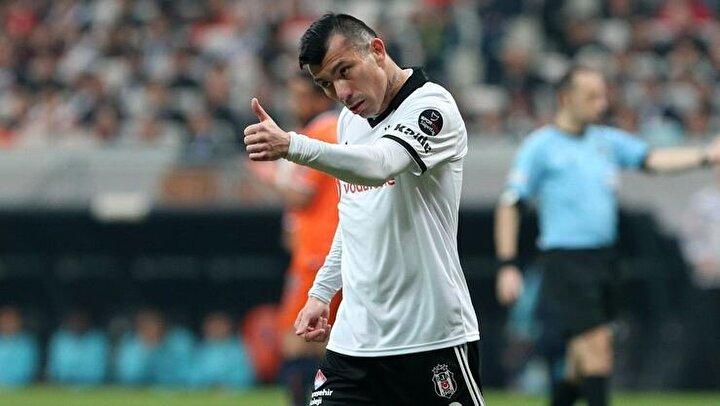 Beşiktaştan ayrılması gündemde olan bir diğer oyuncu Medel için de İtalya Serie A ekiplerinden Bologna ile hemen hemen her konuda anlaşma sağlanmış durumda