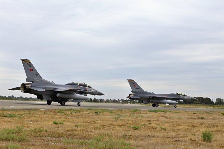 İki ülke arasındaki yıllık askeri iş birliği planı kapsamında 2 Eylülde başlayan tatbikatın bugünkü bölümünde Azerbaycan ordusuna ait Mig-29 ve Su-25 uçakları ile Türk F-16ları önleme, himaye ve taarruz görevleri icra etti.
