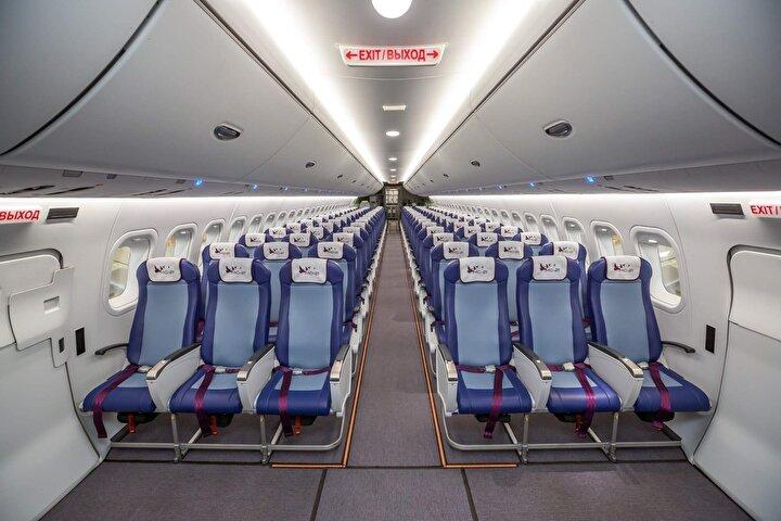 Uçağın özelliklerinden bahseden Mutovin, Bu uçak, orta mesafeli bir yolcu uçağı. Yolcu kapasitesi maksimum 211. 6 bin kilometre menzilli. Uçak, kendi sınıfında en geniş uçak gövdesi olma özelliğine sahip.