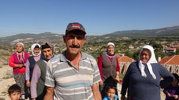 100 hanede yaklaşık 350 kişinin yaşadığı Hacıimamlılarda en yakın baz istasyonu 1 kilometre uzaklıktaki Akkovanlık Mahallesinde bulunduğundan mahalle sakinleri iletişim kurabilmek için cep telefonlarıyla evlerin çatılarına çıkıyor.