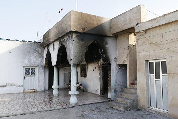 Binaların, içindeki eşyalarla yandığını gören Suriyelilerin evlerine kavuşma mutluluğu da terör örgütünün bu zulmü nedeniyle yarım kaldı.