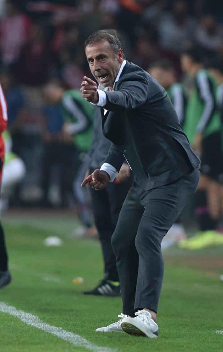 Beşiktaş ve Abdullah Avcı adına seri yapmak çok önemliydi. Yeni yönetim ve başkanla üstelik. Haftaya Vodafone Parkta, Denizlispor karşısında 30.000 taraftarın önünde oynarlar.