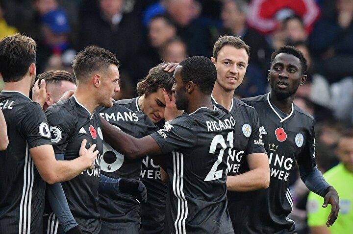 İngiltere Premier Liginde ise önce Çağlar Söyüncü adından sıkça bahsettirmeye devam ediyor. Milli oyuncu, takımının Crystal Palaceı deplasmanda 2-0 yendiği maçın 57. dakikasında perdeyi açan isim oldu.