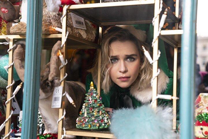 İngiliz televizyon ve sinema oyuncusu Emilia Clarkeın başrolünde yer aldığı Bir Şans Daha; bir önceki Noelde geçirdiği ciddi hastalıktan sonra şansı bir türlü yaver gitmeyen genç bir kadının; yeni bir Noel yaklaşırken biri ile tanışması sonrası gelişen olayları konu ediniyor.