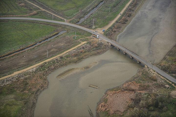 İstanbul Kasım ayında kurak bir mevsim geçirdi. Bu durum barajlardaki su seviyesinin ciddi oranda azalmasına yol açtı.